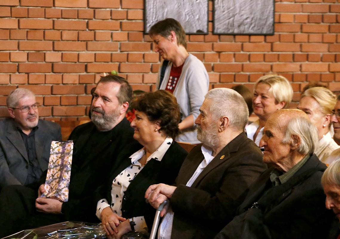 Demeter Balla, László Mandur: Twoparts