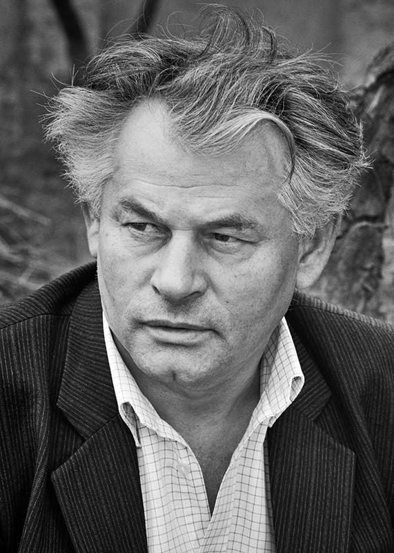 József Ratkó (1982)